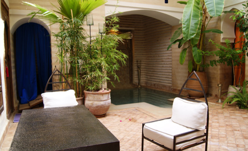 Riad Amra Guest house