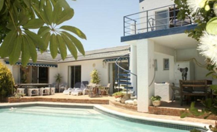 Makai Lodge Guest house